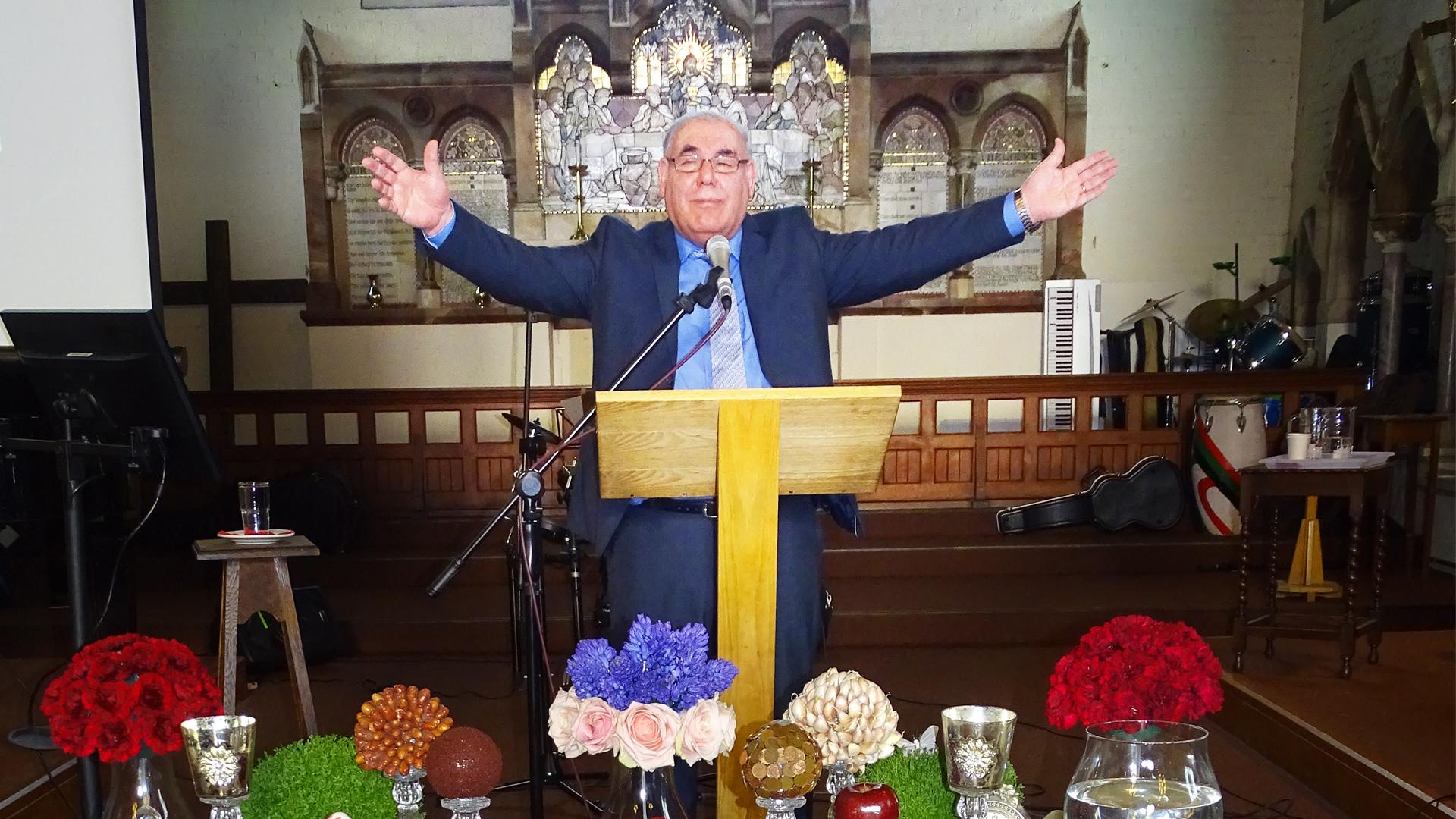 مصاحبه با کشیش ادوارد هوسپیان مهر